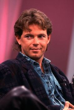 Actor Bruce Greenwood appears on the Oprah Winfrey Show in Chicago, Illinois, October Hollywood Actor, Old Hollywood, Bruce Greenwood, Oprah Winfrey Show, Mullets, Hot Guys, Hot Men, Good Looking Men, High Quality Images
