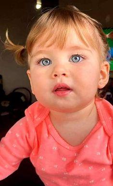 Cute Little Baby, Little Babies, Cute Babies, Baby Kids, Precious Children, Beautiful Children, Beautiful Babies, Cute Baby Photos, Baby Pictures