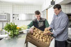 In Ochensbergers kreativer Kochwerkstatt werden vorrangig saisonale & regionale Produkte verarbeitet