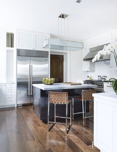 50 Sleek White Kitchens | LuxeDaily - Design Insight from the Editors of Luxe Interiors + Design