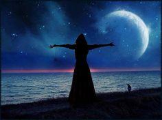 """""""Ein Träumer ist jemand, der seinen Weg im Mondlicht findet und die Morgendämmerung vor dem Rest der Welt sieht. """"  Oscar Wilde"""