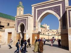 Comprehensive Morocco travel tips for solo female travelers. Find out why travel to Morocco is as safe a other popular destinations. Travel Jobs, Travel And Tourism, Travel Advice, Solo Travel, Travel Guides, Morocco Travel, Africa Travel, Travel Around The World, Around The Worlds