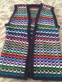 Diy Crafts Knitting, Diy Crafts Crochet, Gestrickte Booties, Knitted Booties, Filet Crochet, Irish Crochet, Baby Knitting Patterns, Knitting Stitches, Knit Vest Pattern