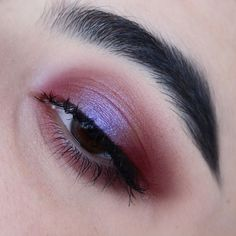 Favourite eyeshadow combo of the moment - @nablacosmetics Fahrenheit Lilac…