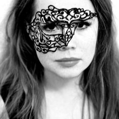 How to make this lace mask using fabric paint and tulle, adapted from a project by Sprinkles in Springs.