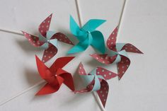 Inspired by Dr. S Red and Aqua birthday Wedding favor Pinwheels Mini Pinwheels wedding favors (Custom orders welcomed) Dr Seuss Birthday Party, Disney Birthday, Birthday Party Decorations, Party Favors, Event Themes, Party Themes, Pinwheel Wedding, Wedding Favours Thank You, Paper Pom Poms