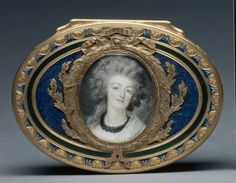 Gold/Enameled box with Miniature Portrait of Marie Antoinette
