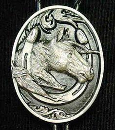 Large Bolo - Horse head in Horseshoe (Diamond Cut)