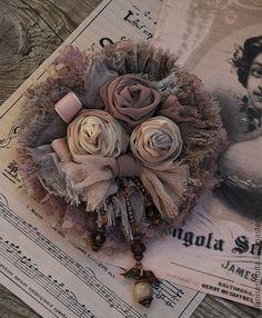 """Брошь """" Пыльные розы"""" - бохо,брошь в стиле бохо,бохо-стиль,бохо-шик,бохо украшения"""