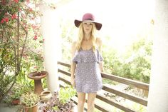 loose dress and floppy hats