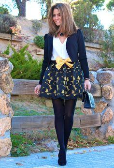 ¿Con cuál de los looks de SILVIA con nuestros STILETTOS #PilarBurgos (ref. 1820 PRECIO 79€) os quedáis? Podéis ver más fotos en su blog http://www.ohmylooks.com/2013/12/oh-my-looks-skirt-one-skirt-different-color%C2%B4s-options-falda-oh-my-looks-una-falda-diferentes-opciones-de-colores/