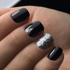 black-nails-cool-ideas-silver-glitter-triangle Gel Nail Art Polish Trends Part five 2018 Nail Art Polish Trends Gel Nail Designs 2018 Gel Nail Art 2018 Prom Nails, Fun Nails, Pretty Nails, New Nail Designs, Black Nail Designs, Gel Polish Designs, French Nails, French Pedicure, Nails Ideias