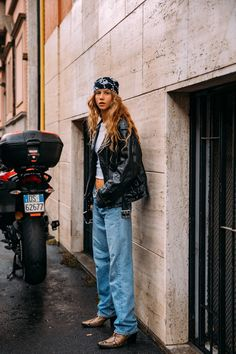 Milan Fashion Week Street Style, Photo Galleries, Hipster, Classy, Chic, Street Style, Shabby Chic, Hipsters, Elegant