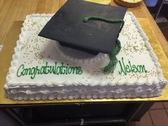 Graduation cake for Nelson with mortarboard!