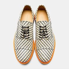 @carven_paris make these unusual textile Derby Shoes utilizing a thick straw-woven shepherd's check outer with crepe rubber soles.
