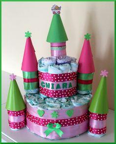 Castello di pannolini, idea regalo nascita. Torta di pannolini. Diaper cake. Diaper castle. Princess diaper cake di Logofantasy su Etsy