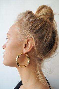 FAYE HOOPS, XL – Lili Claspe Jewelry Trends, Jewelry Accessories, Jewel Box, Polished Brass, Hoop Earrings, Jewels, Gold, March, Jewellery