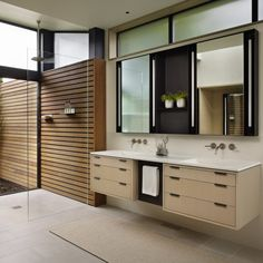 Discover the most effective modern bathroom ideas, designs & inspiration to match your style. Check out photos of modern bathroom decor & colours to produce you bathroom design Best Bathroom Designs, Bathroom Trends, Modern Bathroom Design, Bathroom Interior Design, Modern Interior Design, Bathroom Ideas, Shower Ideas, Shower Designs, Minimalist Interior