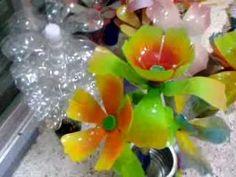 Flores hechas con plastico PET Portaservilletas, arreglos florales, cajitas, macetas, flor con imán para refrigerador, Porta llaves Pronto tutorial paso a paso.