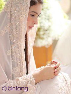140 Best Jilbab Images Bridal Gowns Hijab Fashion Alon Livne
