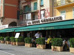 Villefranche sur Mer and it's Restaurants - South of France Inspiring Pictures, Old Pictures, Provence, Villefranche Sur Mer, French Riviera, South Of France, Habitats, Restaurants, Beautiful Places