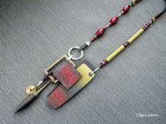 Metal Jewelry, Pendant Jewelry, Jewelry Art, Jewelry Design, Jewelry Ideas, Polymer Clay Necklace, Polymer Clay Pendant, Handmade Beaded Jewelry, Handmade Necklaces