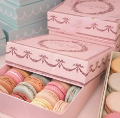 love these pretty sweet treats! Aesthetic Food, Pink Aesthetic, Macaron Café, Laduree Macaroons, Cute Desserts, Polly Pocket, Cafe Food, Pretty Pastel, Girly Things