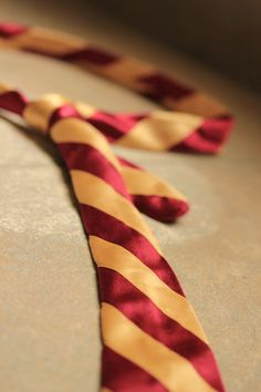 potter tie out of satin and ribbon must make one for myself
