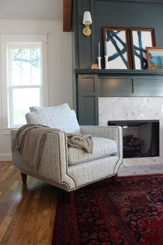 Unique color pairings: berry, blue and white, and hunter green #persian #fireplace #moody