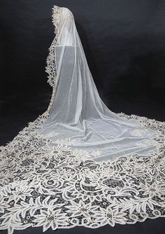 Outstanding Antique Battenberg Lace Cathedral Length Bridal Veil Constructed From Yards Of Handmade Battenberg Tape Lace In A Grand And Sweeping Pattern Of Stylized Flowers, Fern-Like Columns Of Leaves And Elegant Scroll Work  c. 1900