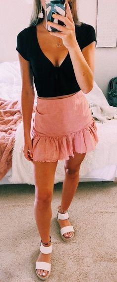 Source by outfits everyday Cute Casual Outfits, Girly Outfits, Cute Summer Outfits, Skirt Outfits, Spring Outfits, Summer Clothes, Teenage Outfits, Teen Fashion Outfits, Look Fashion