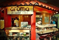 Aún no vives la #ExperienciaAroma? Te esperamos para deleitar tus sentidos  con el mejor café  degusta nuestros variados cafés: #Capuccino #Mocaccino #LatteVainilla #Tentazione #Colonial #Macchiato #Ristretto  y acompáñalos con nuestros deliciosos #Dolces  #AromaDiCaffé tu lugar de encuentro.  #InstaCoffee #InstaMoments #Coffee #CoffeeLovers #CoffeeMoments #CoffeeTime #CoffeeBreak #Caracas #Café #BuscandoElCafé #QuieroUnCafé #MomentosAroma #SaboresAroma #AromaDiCaffé