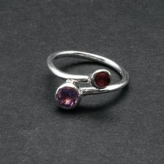 Twist Dual Stone Ring Purple Amethyst Red by SunSanJewelry on Etsy Lapis Lazuli Jewelry, Amethyst Jewelry, Greek Jewelry, Sapphire Wedding, Twist Ring, Tourmaline Gemstone, Purple Amethyst, Stone Rings, Sterling Silver Rings