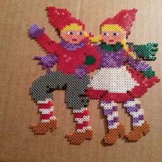 Christmas hama beads by kittenskittyears