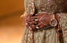 Menhdi Design, Mehndi, Sequin Skirt, Sequins, Fashion, Moda, Fashion Styles, Fashion Illustrations, Henna
