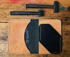 "Image of ""Frankengull"" Leather Wallet Pattern, Handmade Leather Wallet, Leather Card Wallet, Leather Gifts, Leather Case, Leather Craft Tools, Leather Projects, Diy Leather Card Holder, Leather Working Patterns"