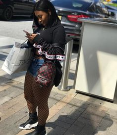 Discover recipes, home ideas, style inspiration and other ideas to try. Chill Outfits, Dope Outfits, Summer Outfits, Casual Outfits, Fashion Outfits, Fashion Trends, Curvy Girl Outfits, Plus Size Outfits, Thick Girl Fashion