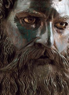 Thracian Bronze Head of Seuthes III, Late 4th-Early 3rd Century BC Found in the Golyamata Kosmatka mound, a little over a half a mile south of the town of Shipka, Bulgaria.