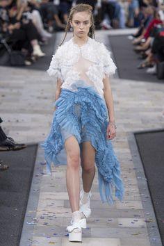 Preen by Thornton Bregazzi Spring 2017 Ready-to-Wear Fashion Show - Olivia Jones