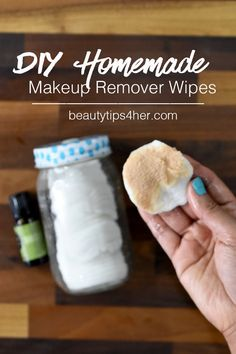 Make-up remover pads that remove waterproof makeup while leaving your skin clean…