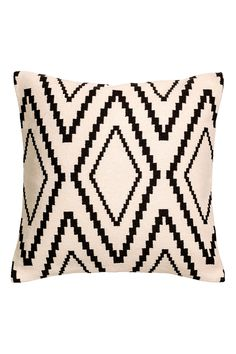 Cushion cover with a jacquard-weave front, solid colour cotton canvas back and concealed zip. Throw Pillow Covers, Throw Pillows, Snug Room, Paper Lampshade, H&m Home, Perfect Pillow, Jacquard Weave, White Houses, Cotton Canvas