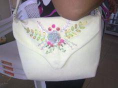 bolsos de tela bordados con cintas bolsos tela jean  pana  lona,forros de tela y,herrajes bordados con cintas,diseños exclusivos