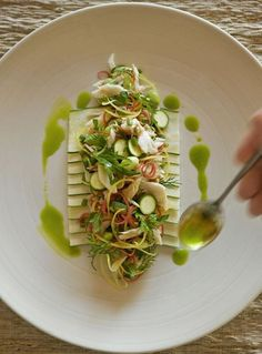 Whether you're a hard-line health buff or a raw-vegan connoisseur, we've got the retreat for you #FoodieFriday