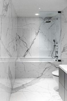 Carrara marble tile bathroom ideas marble bathroom designs best marble bathroom ideas on marble tile best . Carrara Marble Bathroom, White Marble Bathrooms, Marble Wall, Marble Slabs, Marble Tiles, Stone Bathroom, Marble House, Marble Showers, Bathroom Grey