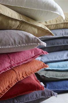 100% stenvasket hør/stonewash linen #cushion #linum #swedishdesign #houseofbk #interior #spring http://houseofbk.dk/Shop/Search/?shopid=827&search=pude+west&searchbutton=%3E