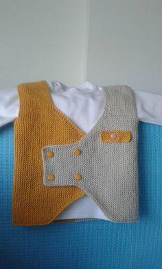 New Crochet Hat Children Baby Dresses Ideas Baby Boy Knitting Patterns, Knitting Designs, Free Knitting, Baby Outfits, Kids Outfits, Baby Dresses, Knitted Hats, Crochet Hats, Crochet Slippers