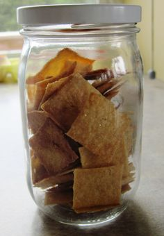 crackers in jar                   Wheat Thin style crackers