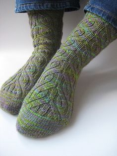 Free sock pattern on Ravelry,  Vinnland by Becca Compton