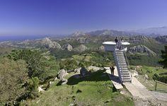 Mirador del Fitu, Asturias, Spain. by http://blog.ridenroad.com/