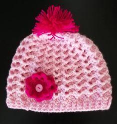 "efa4ed5fbb4 Plektodimiourgies Argi on Instagram: ""Σκουφάκι ροζ για μια κουκλίτσα 3  ετών. Ευχαριστώ πολύ @angellasoumeli. Νήμα από @kouvaristras_hobby  #handmade #plekta ..."